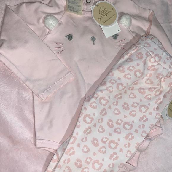 BNWT Baby onesie and leggings